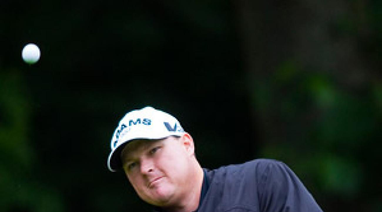 Chad Campbell fired a 67 to tie for the lead.