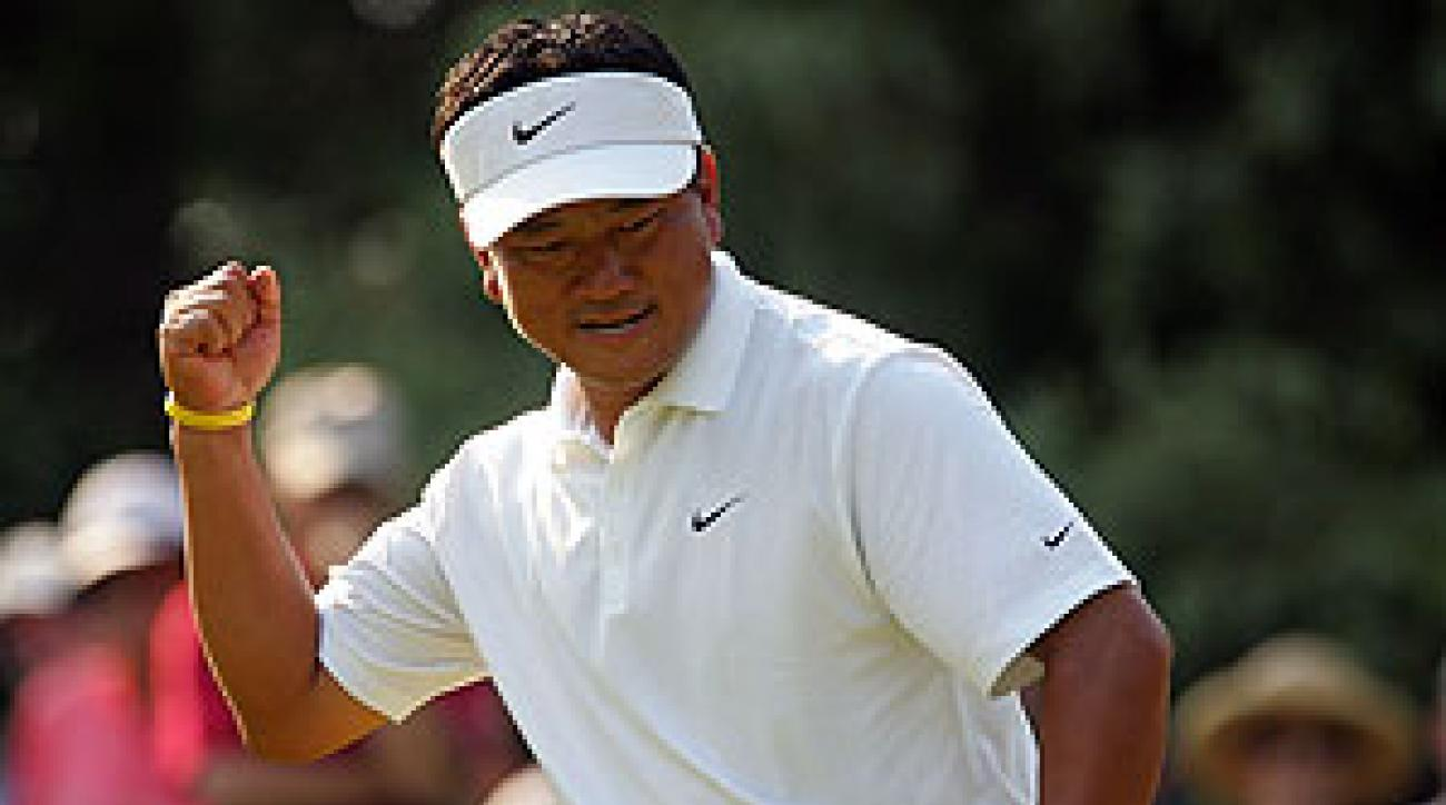 K.J. Choi shot 33 on his front nine Sunday.