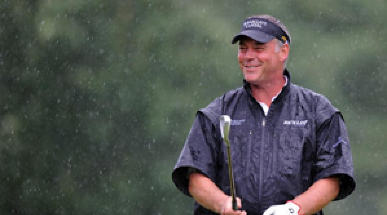 Darren Clarke made five birdies and a bogey on Friday.