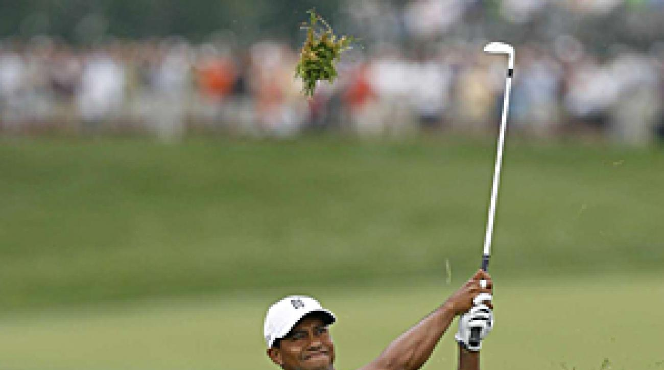 Woods shot a 1-over 71 Thursday.