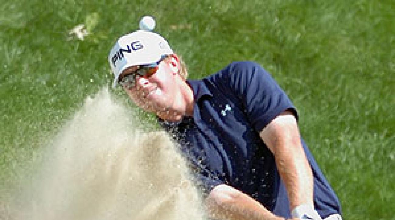 Hunter Mahan shoot a first-round 62 Thursday.