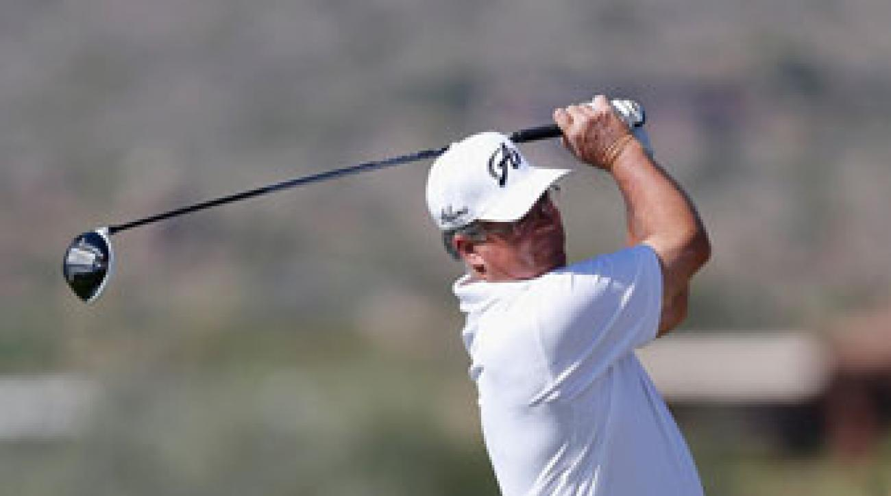 Kenny Perry is tied with Tom Pernice Jr. in the Champions Tour's season-ending Charles Schwab Cup Championship.