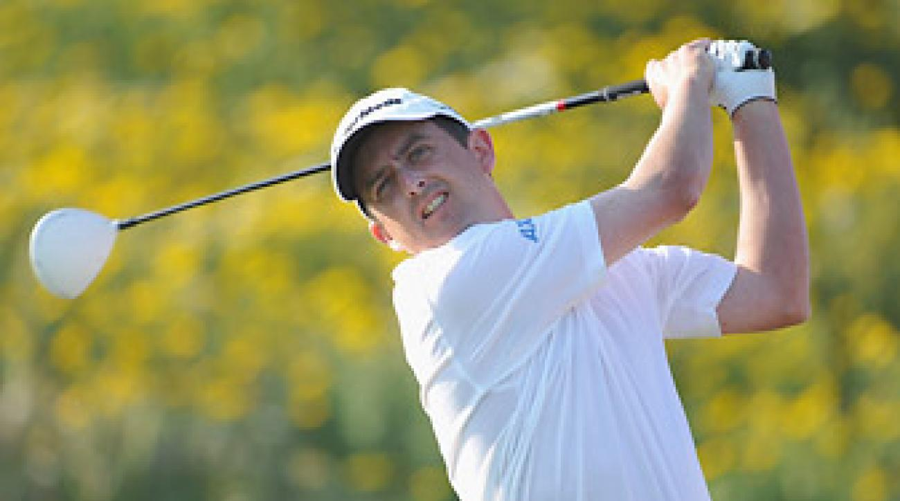 Peter Lawrie shot an opening-round 64 to take the lead.