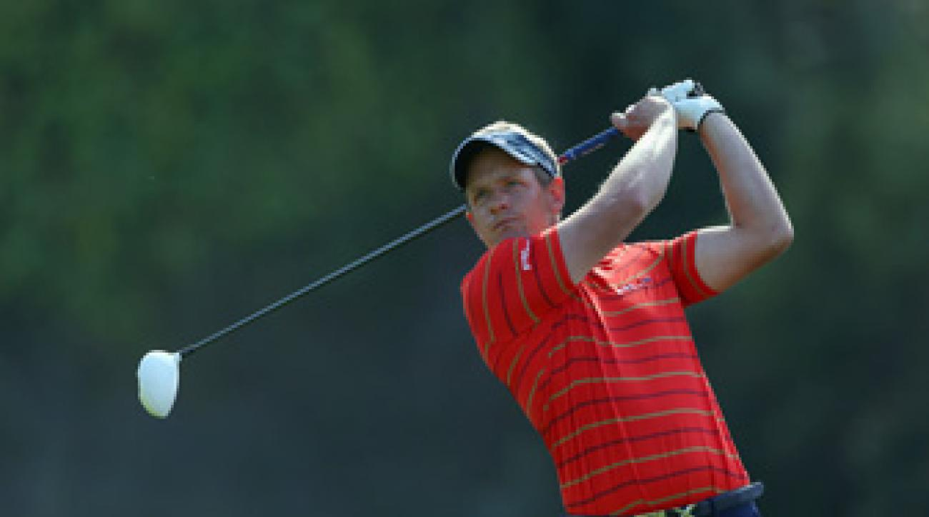 Luke Donald made seven birdies and two bogeys on Friday.