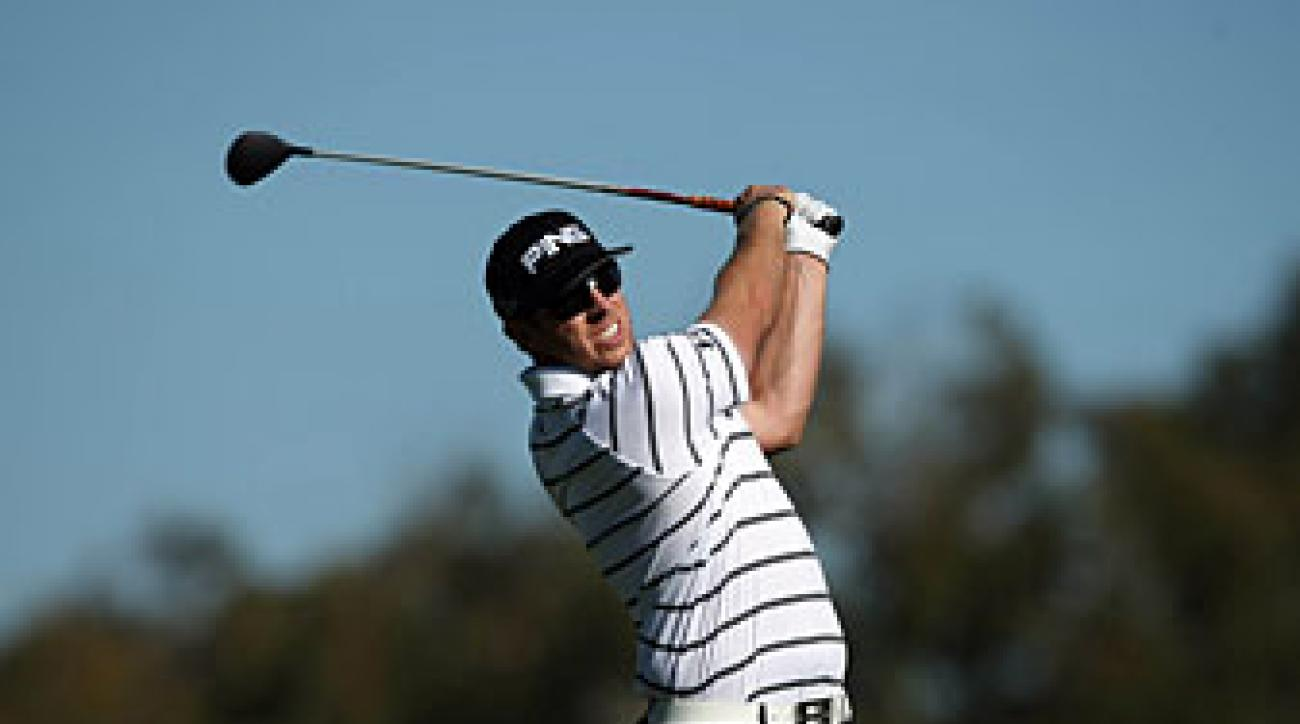 Hunter Mahan will skip the Phoenix Open to play in Qatar.