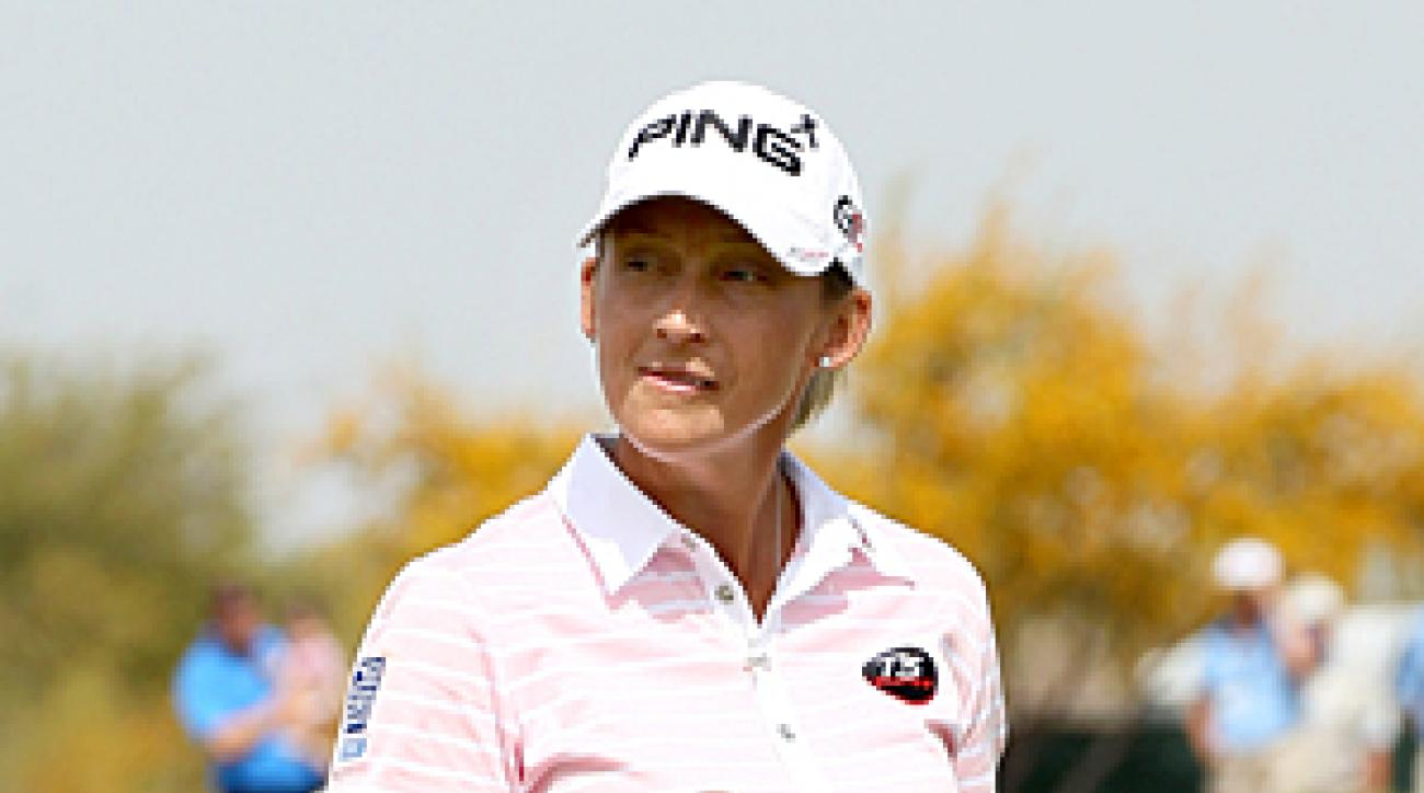 Angela Stanford made seven birdies and a bogey.