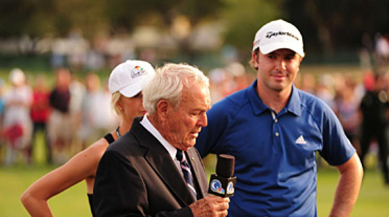 Martin Laird met Arnold Palmer for the first time after sinking his par putt to win Palmer's tournament.