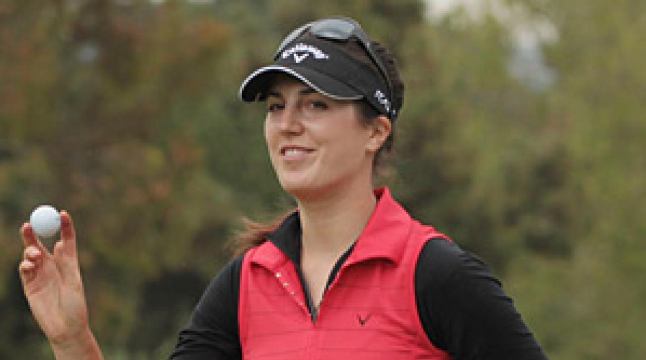 Sandra Gal birdied the 18th hole to defeat Jiyai Shin.