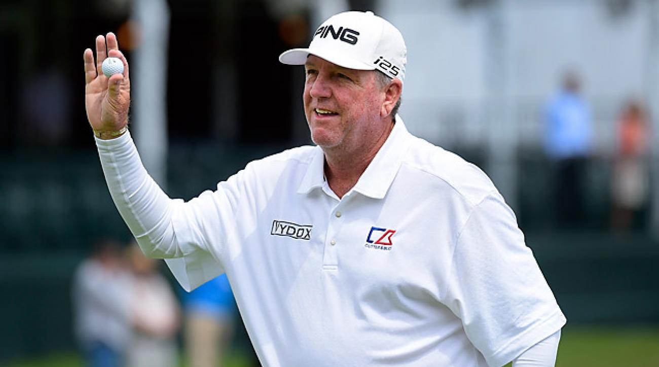 Mark Calcavecchia is one of four players tied for the lead.