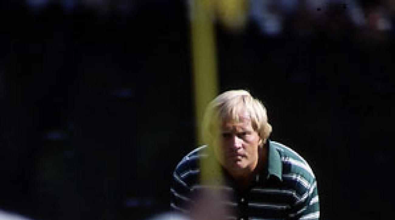 Jack Nicklaus made a 40-foot birdie putt on 16 to win his fifth green jacket.