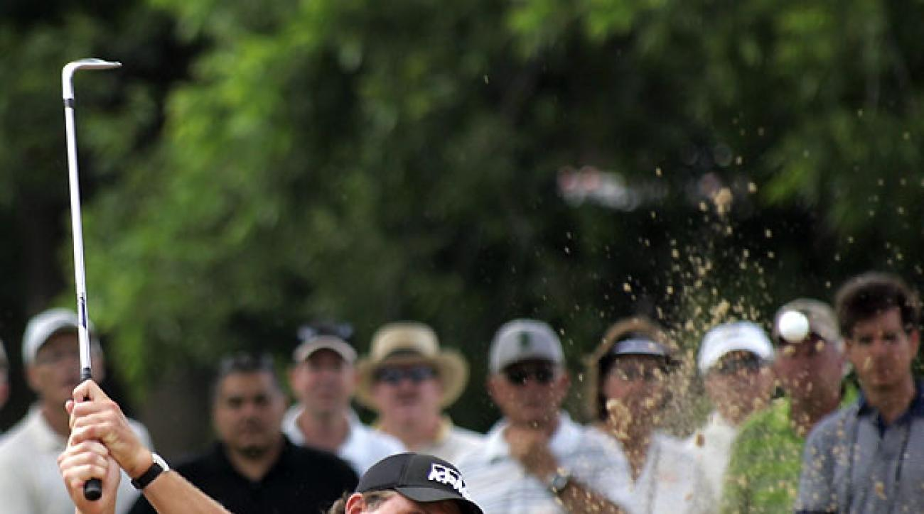 <strong>Second Round of Crowne Plaza Invitational at Colonial</strong><br /><br />Phil Mickelson had a shaky start on Friday, but he made three birdies in a row to finish at seven under.