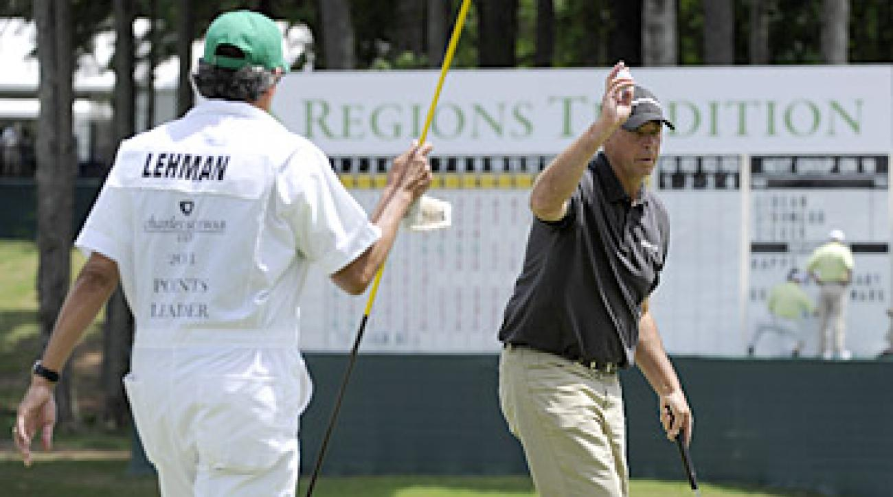 Tom Lehman shot a bogey-free 5-under 67 to take a one-stroke lead in the first round of the Regions Tradition.