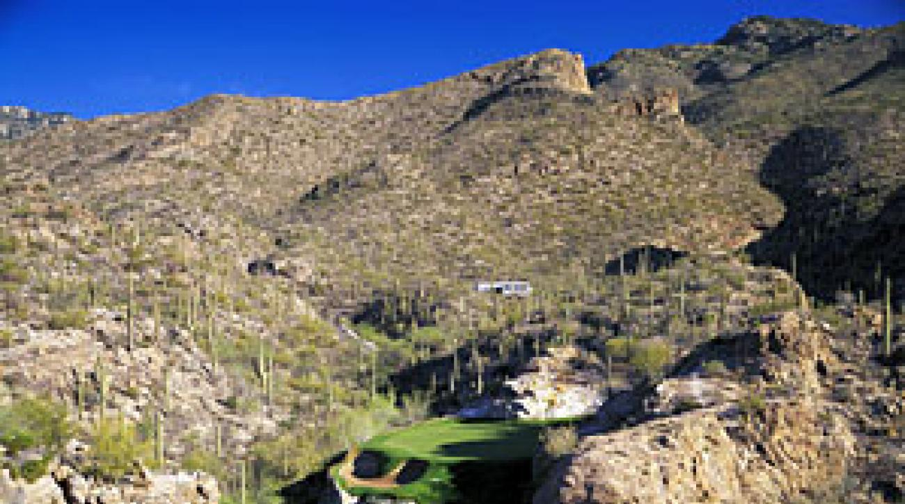 The drop-shot 3rd hole at Ventana Canyon's Mountain course.