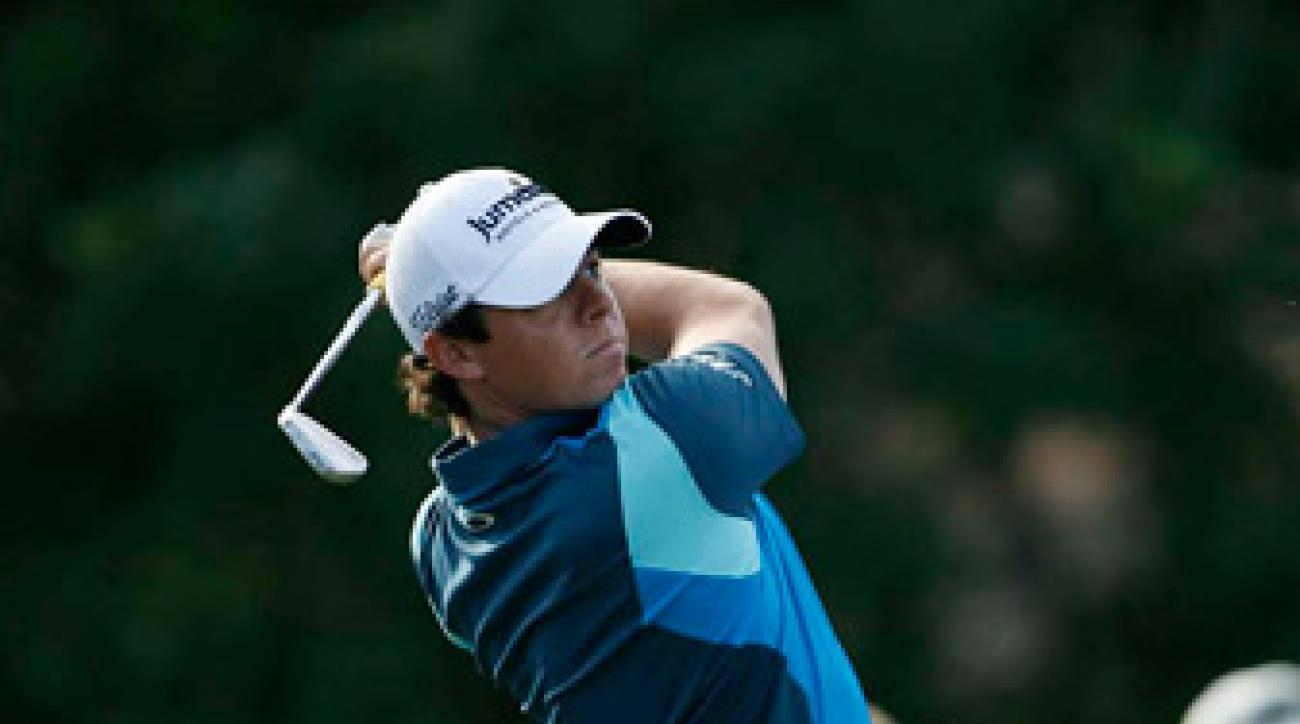 Rory McIlroy is one back after a round of 67.