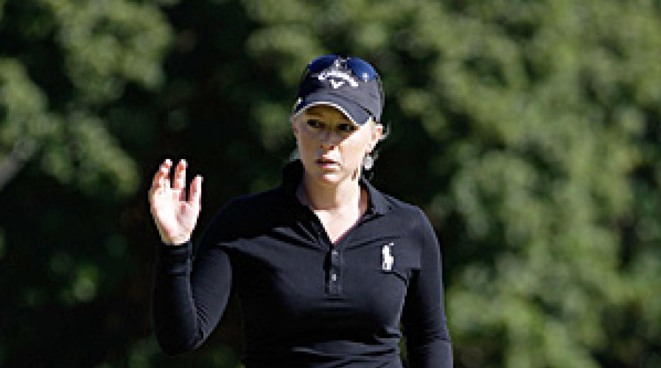 Morgan Pressel shot a six-under 66 on Friday to move into contention.
