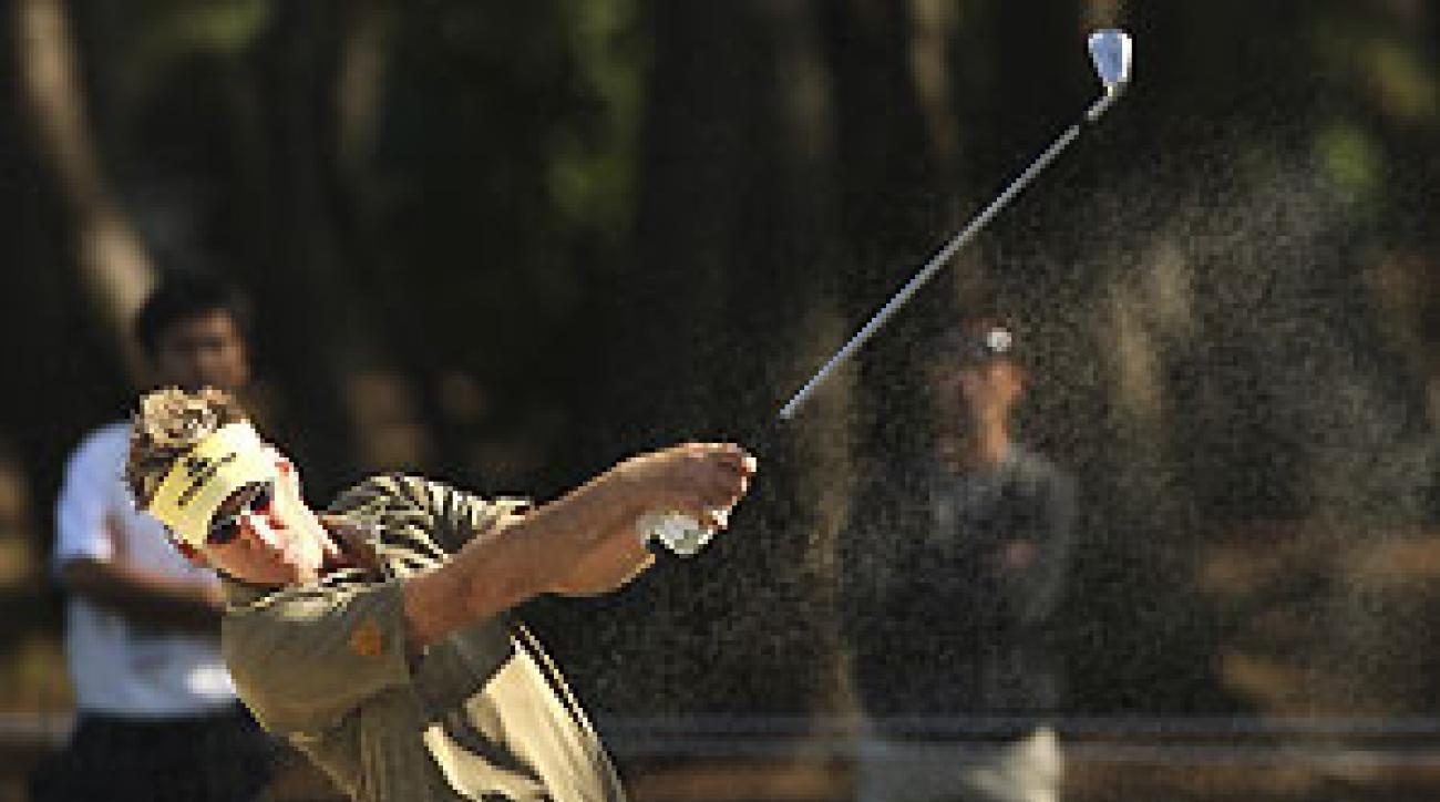 Ian Poulter shot a 5-under-par 65 Thursday.