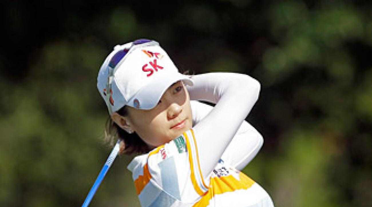 Na Yeon Choi leads after two rounds in Orlando.