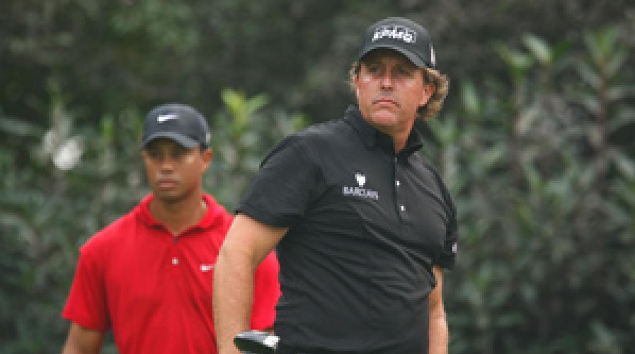 In his last event of 2009, Phil Mickelson beat Tiger Woods in Shanghai.
