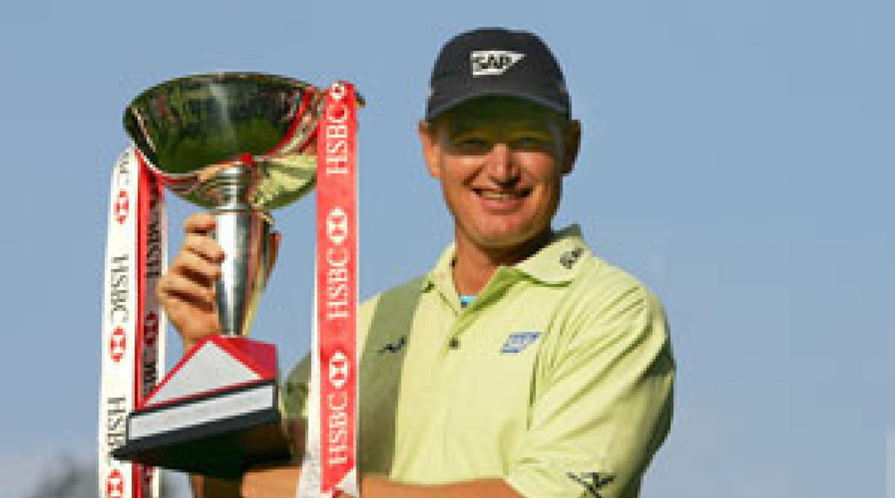 Ernie Els beat Angel Cabrera 6 and 4.