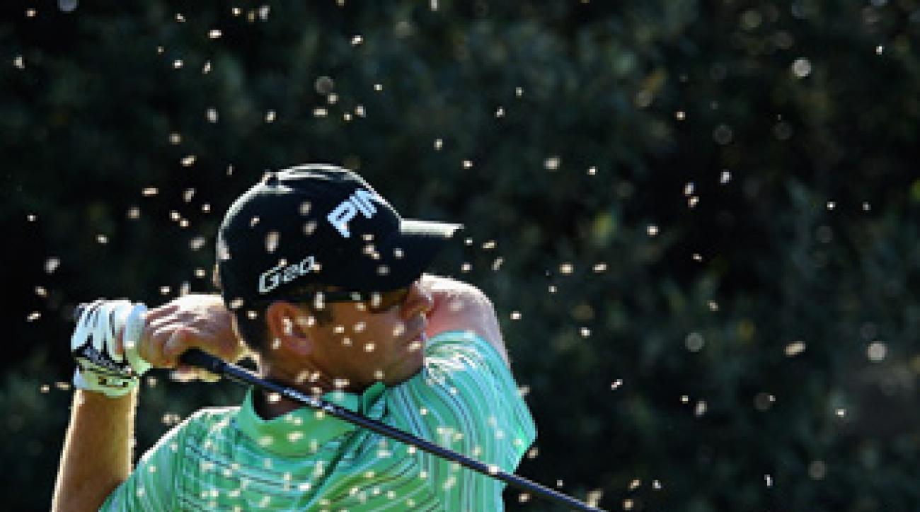 Louis Oosthuizen fired a second-round 62 to take the lead.