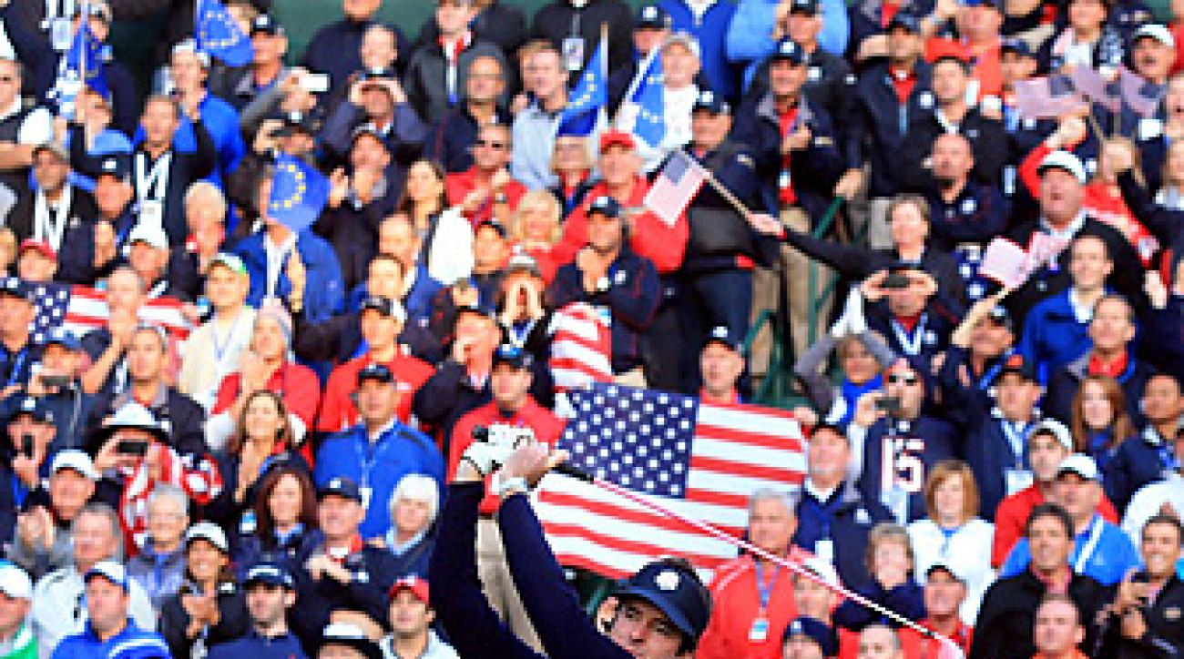 Bubba Watson and Ian Poulter encouraged fans to cheer during their opening tee shots on Saturday, a rarity in golf.