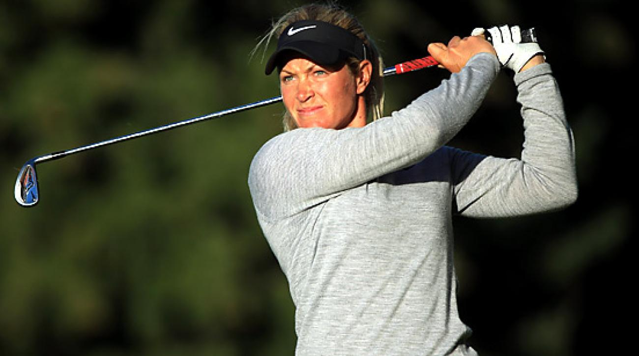 Suzann Pettersen is one shot back after the first round at the Evian Masters.