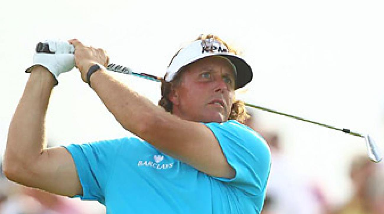 Phil Mickelson shot a one-over 73 in Round 1.