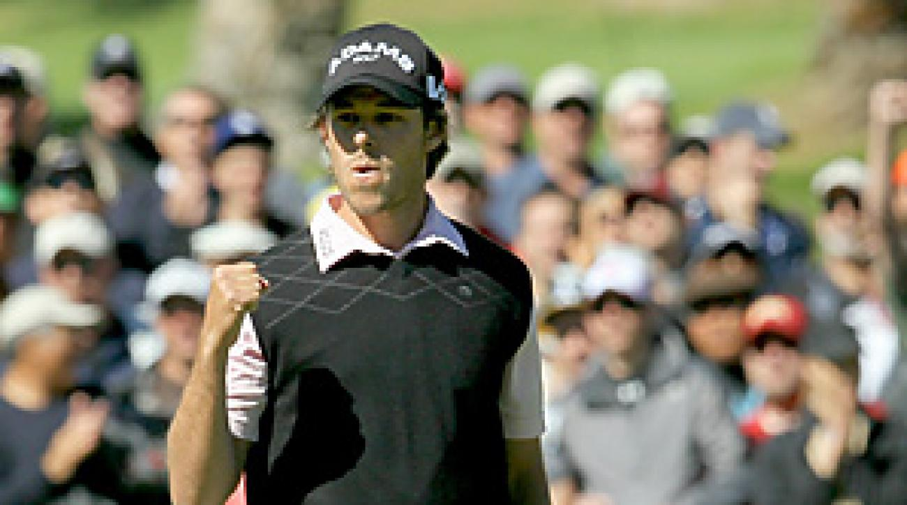 Aaron Baddeley closed with a 2-under 69 for a two-shot victory over Vijay Singh.