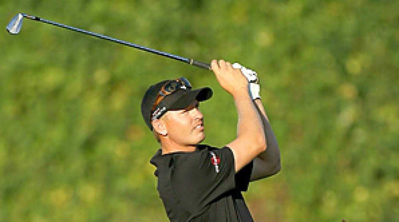Derek Lamely shot a 29 on the front nine at PGA West to grab the first-round lead at the Bob Hope Classic.