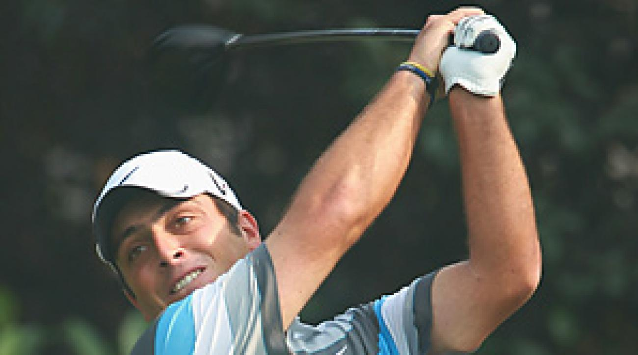 Francesco Molinari fired a final-round 67 for his first win of the season.