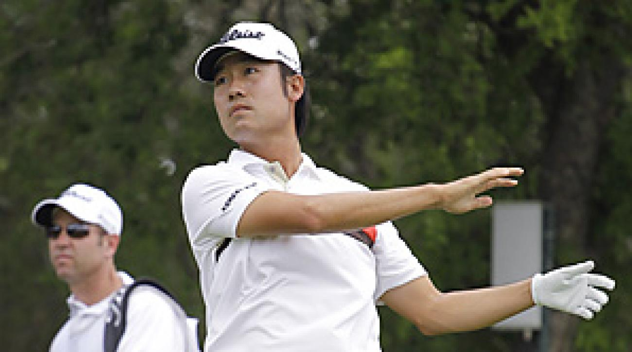 Kevin Na hit two tee shots into the trees, then went on to make a 16 on the 9th hole on Thursday. It was a PGA Tour record for a par 4.