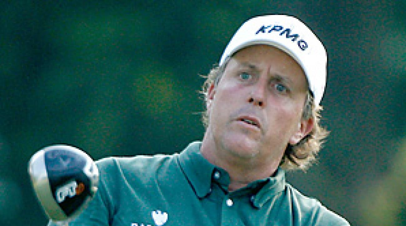A victory at the Colonial would have pushed Phil Mickelson ahead of Tiger Woods for No. 1 in the world ranking.