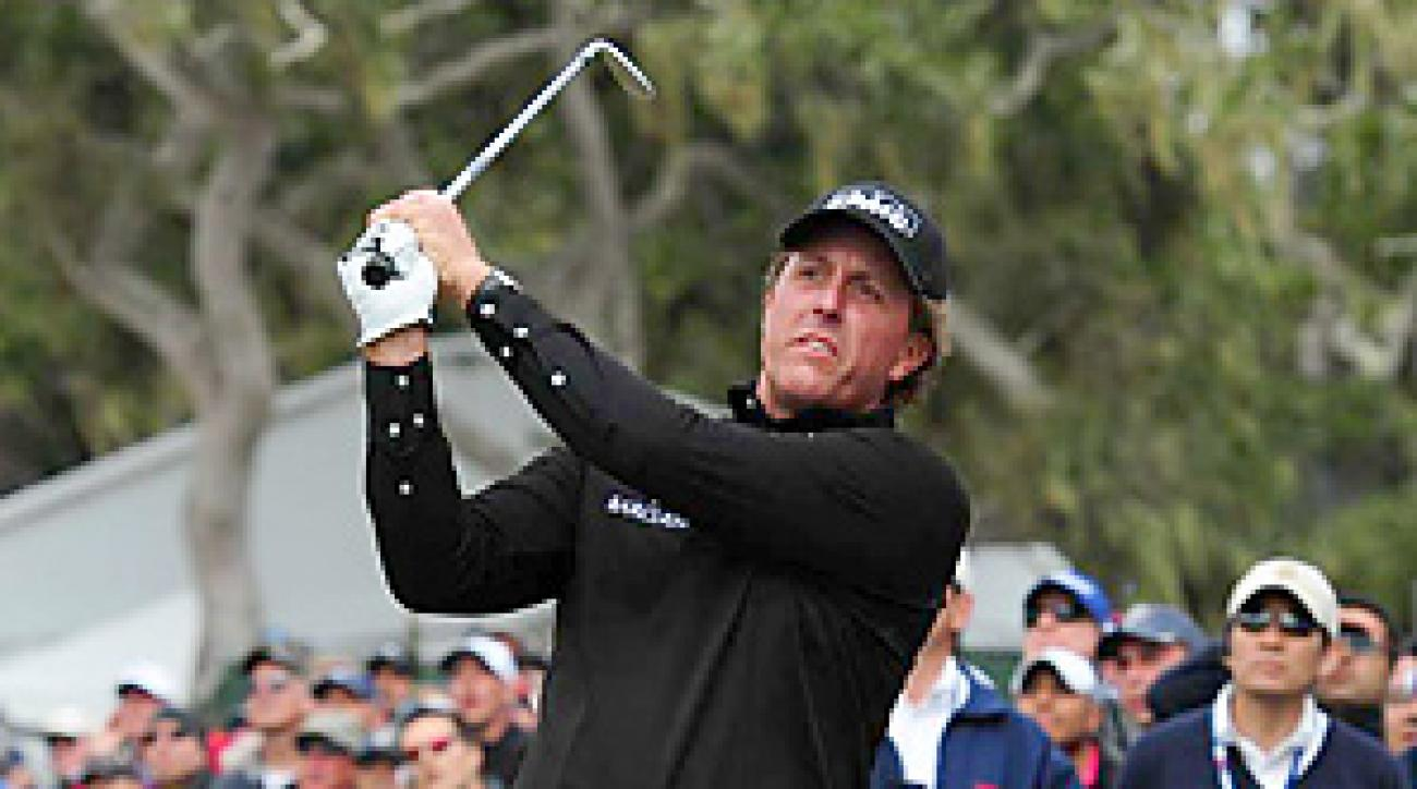 Phil Mickelson struggled to a final-round 73 and a tie for fourth place.