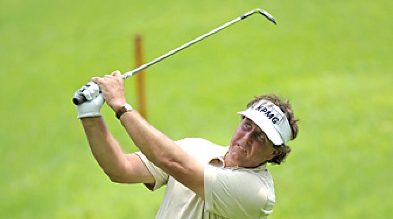 Phil Mickelson shot a 71 on Thursday in Singapore.