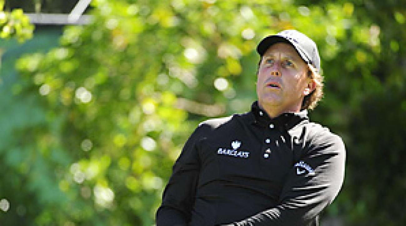 Phil Mickelson struggled to a 75 in his opening round at Pebble Beach.