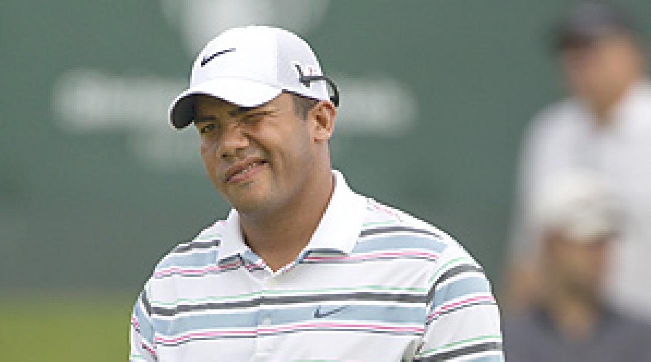 Jhonattan Vegas shot a 67 and shares the lead through two rounds.