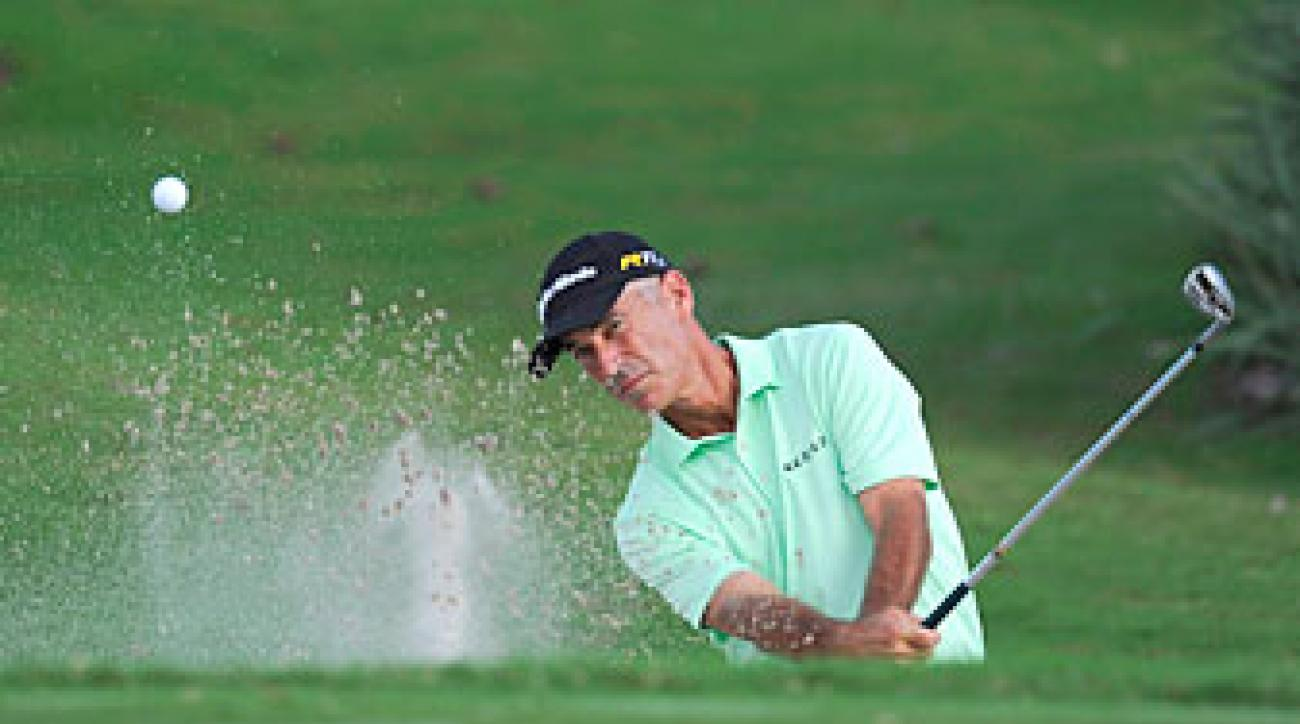 Corey Pavin made nine birdies and one bogey on Friday.