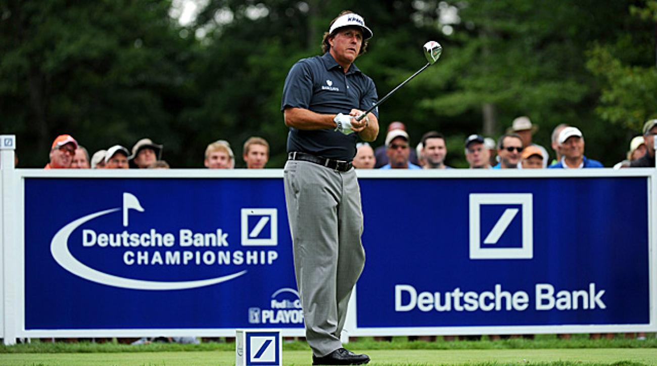 Mickelson shot an incredible seven-under 28 on his first nine holes.