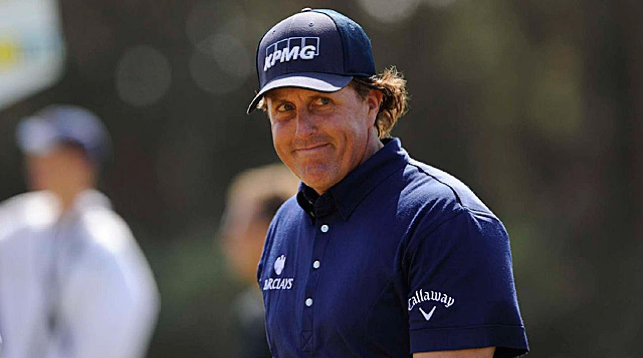 Despite his second-round 72, Mickelson still has a chance to win on Sunday.