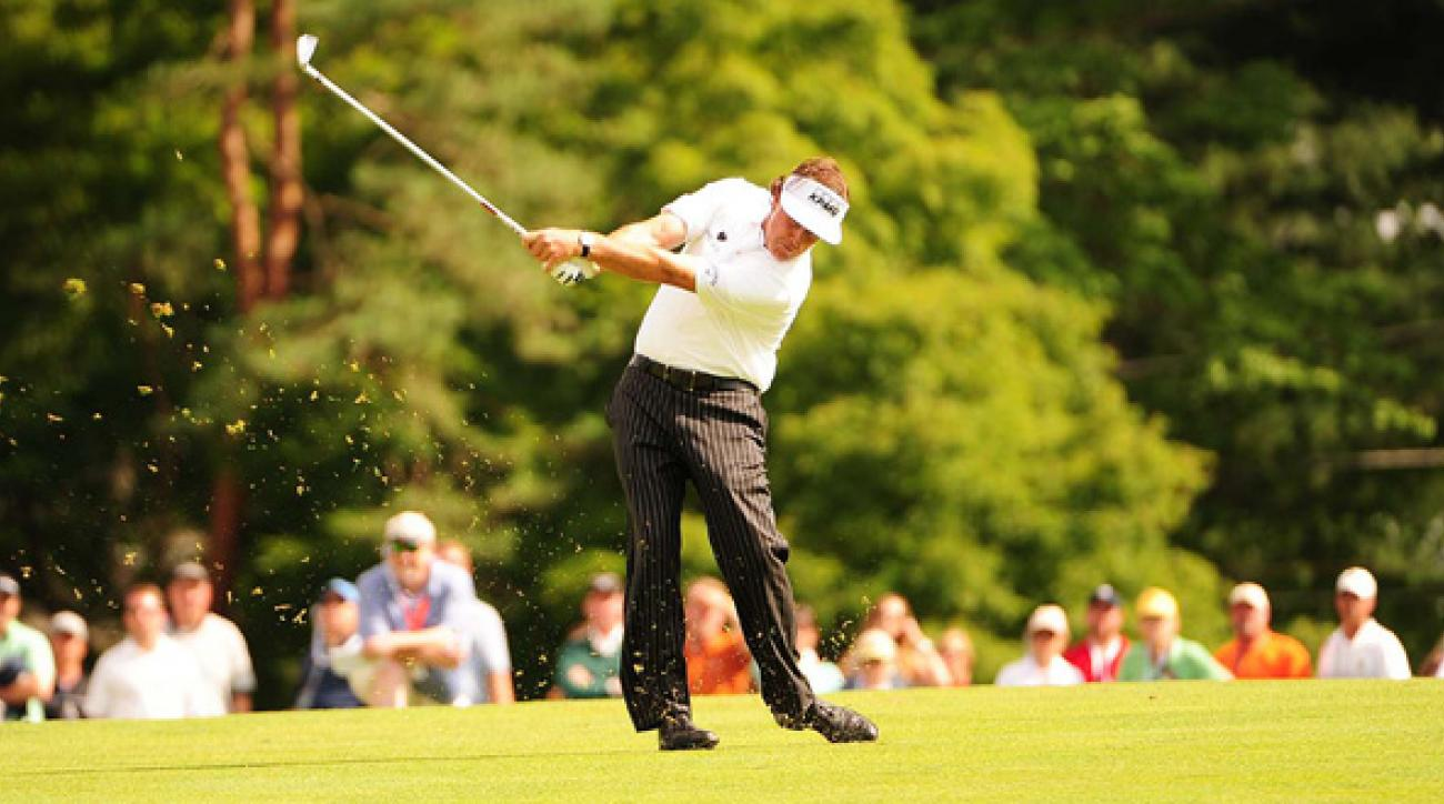 phil mickelson tied for lead at us open 2013 at merion