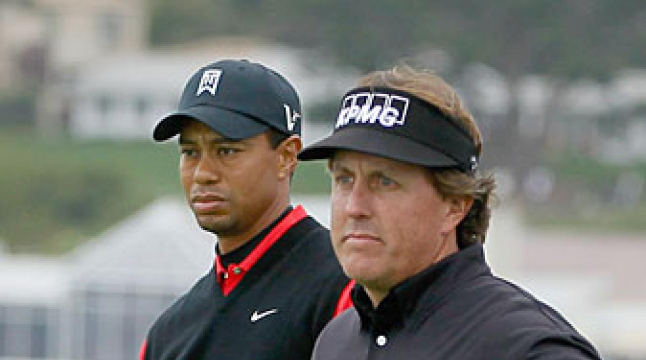 Phil Mickleson beat Tiger Woods by 11 strokes in the final round.