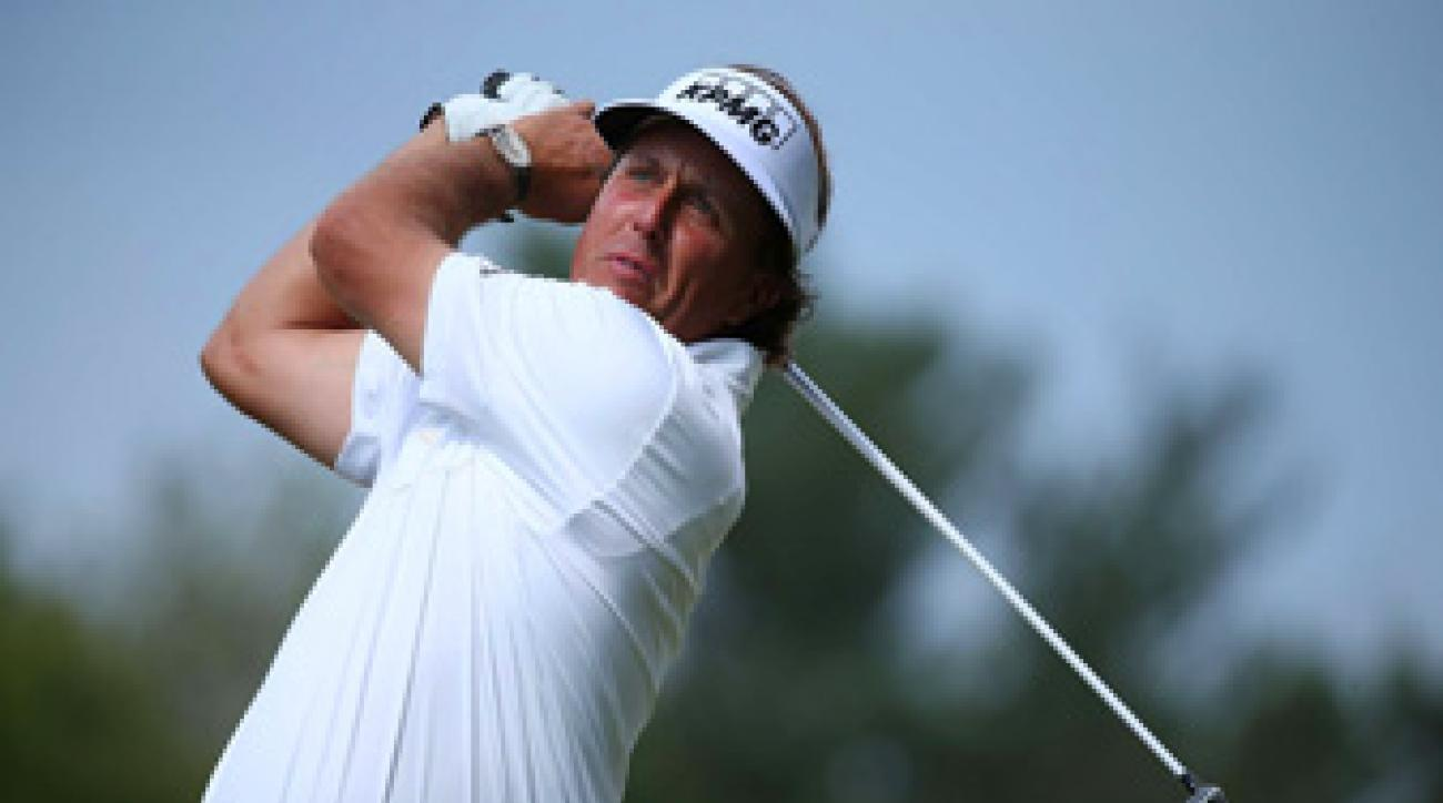 Phil Mickelson birdied 18 to get to one under and tie Billy Horschel for the lead.