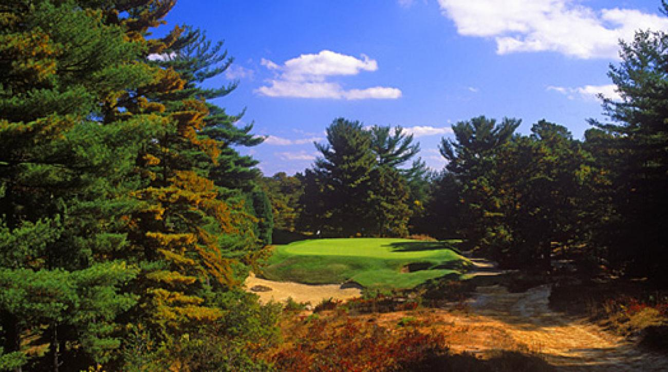 The 161-yard, par-3 10th at Pine Valley, the No. 1 course in the world.