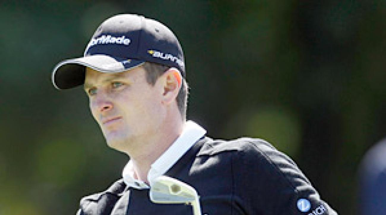 Justin Rose fired an impressive eight-under 63 to take the first-round lead.