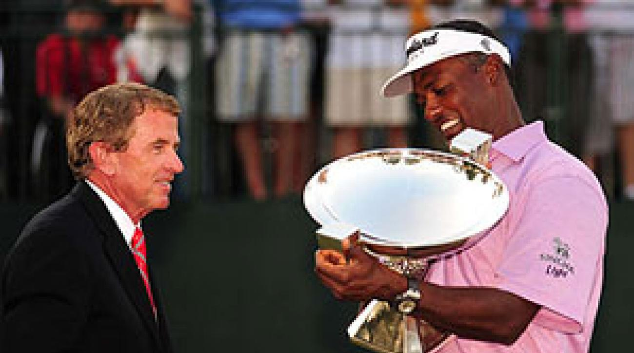 In 2008, Vijay Singh won the FedEx Cup before the Tour Championship started.