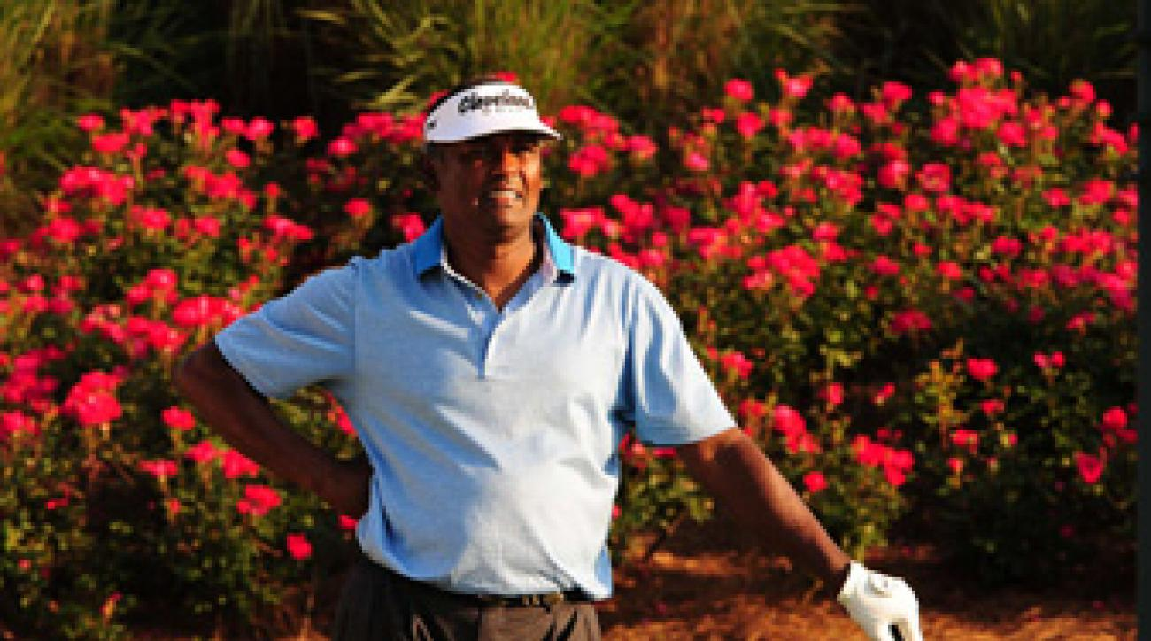 Vijay Singh missed the cut Friday at the Players Championship.