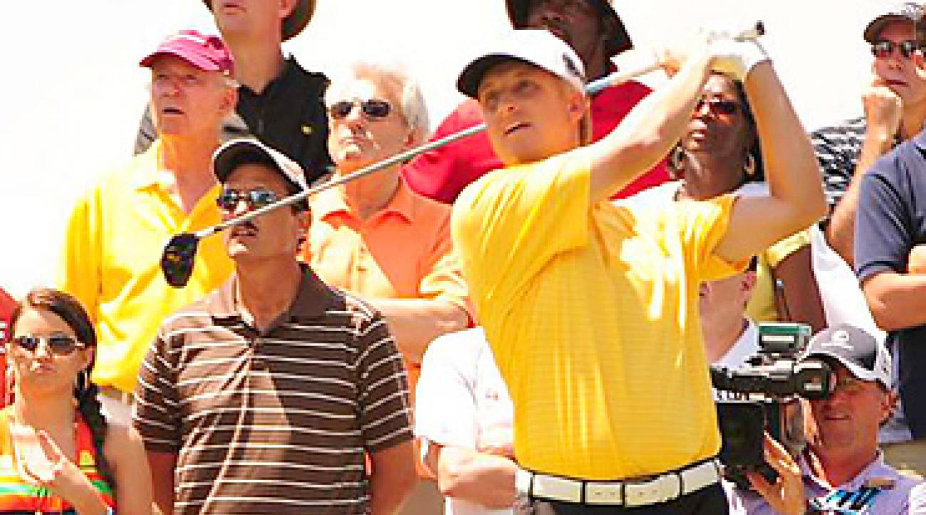 David Toms lost to K.J. Choi in sudden death at the Players Championship.