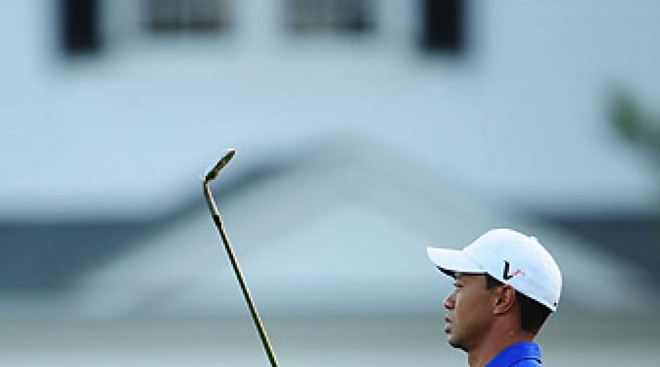 One reader asks Van Sickle where he thinks Tiger's career would be if he never hurt his knee.