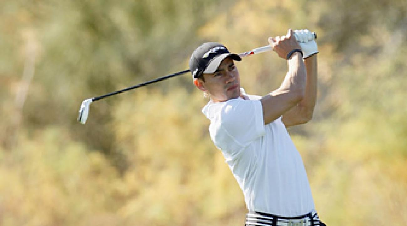 Camilo Villegas shot a nine-under 63 to tie David Toms for the lead.