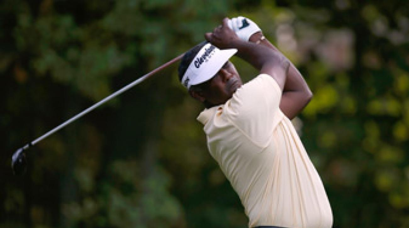 Vijay Singh made seven birdies and one bogey on Friday.